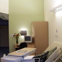 Full-scale and Staged Resident Room for Retsil Veterans Home